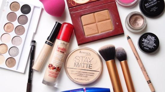 When Should You Throw Away Your Cosmetics?