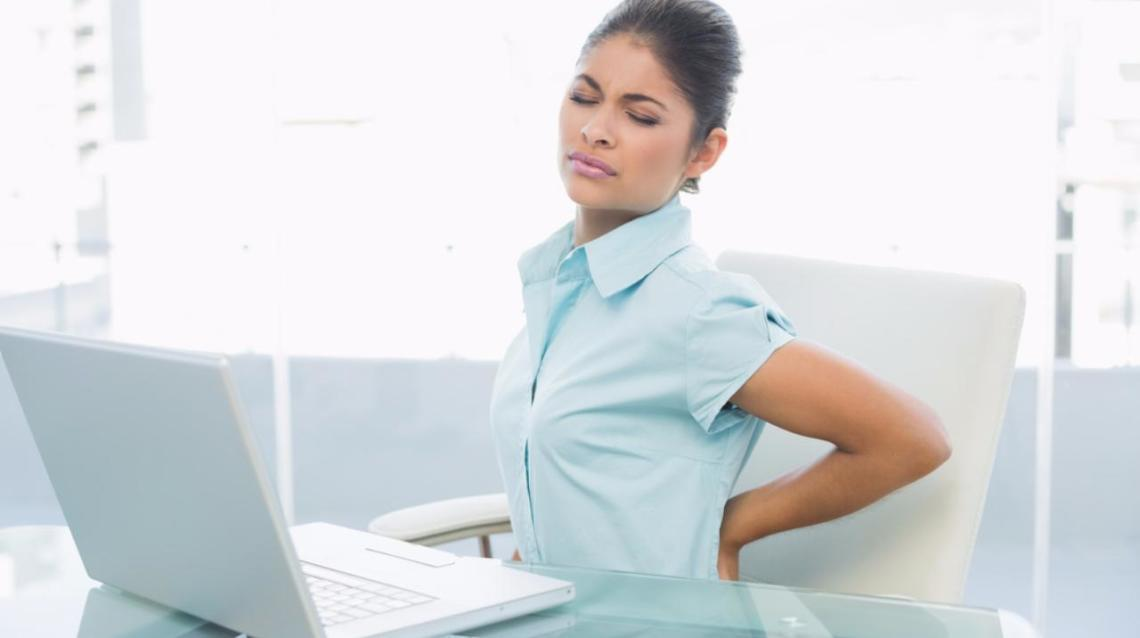 How to Avoid Back Pain for Desk Workers