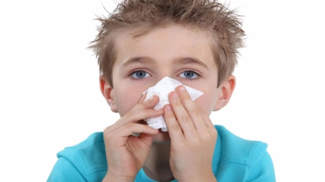 How to Manage Child With Nose Bleed (Epistaxis) ?