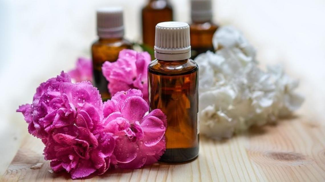 Oils to Use for Your Post-Delivery Massage
