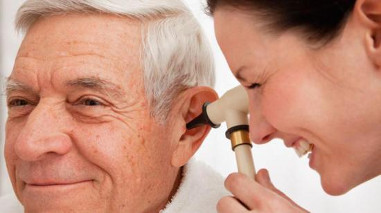 Early Symptoms of Hearing Loss to Beware of !