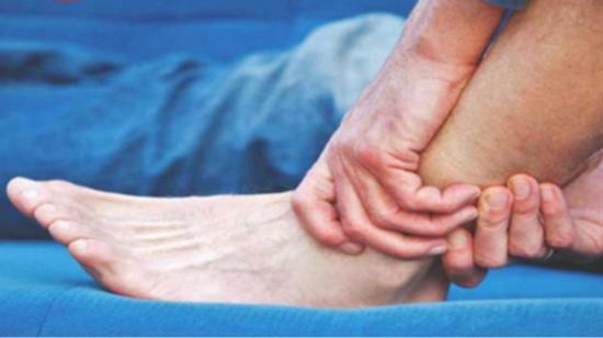 How to provide First-Aid Care in Fracture of Leg?