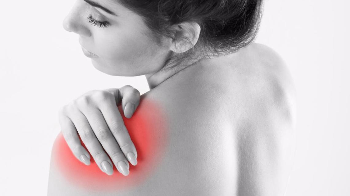 Frozen Shoulder : Causes, Symptoms and Ayurvedic Management