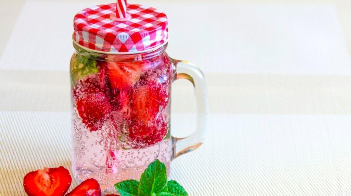 5 Benefits of Drinking Water on an Empty Stomach