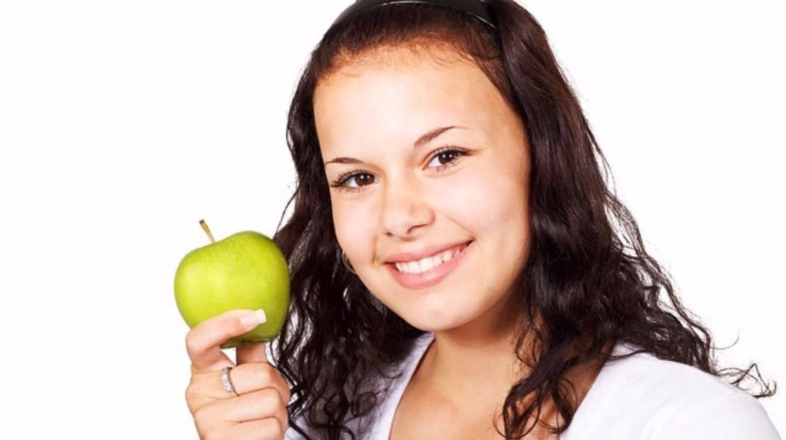 Starving vs Eating Healthy