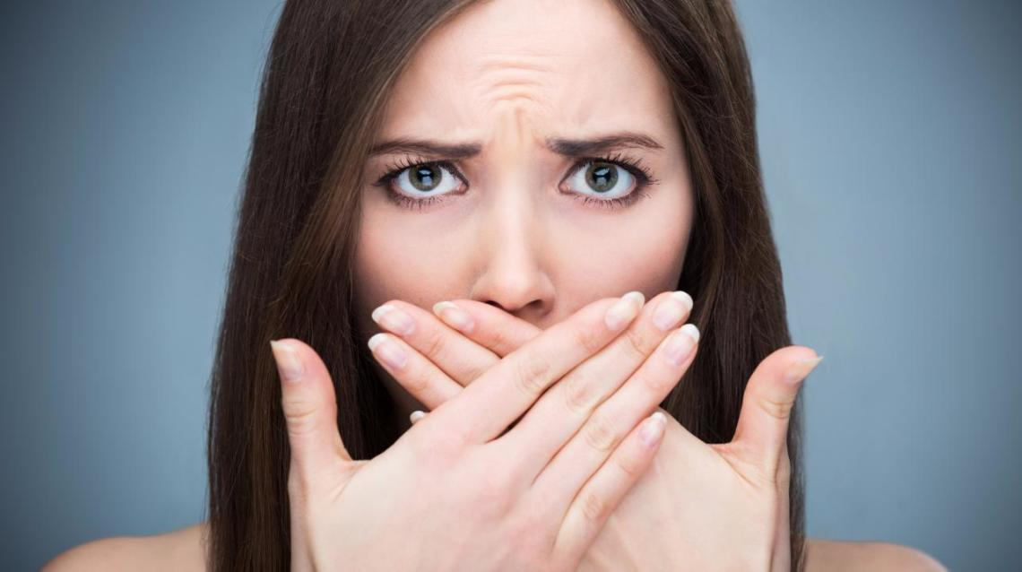 Get Rid of Bad Breath & Yellow Teeth