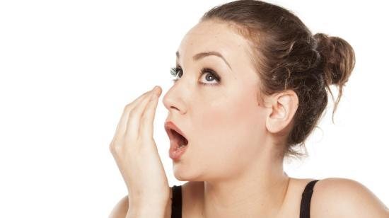 4 Foods You Should Eat to Get Rid of Bad Breath Instantly!!