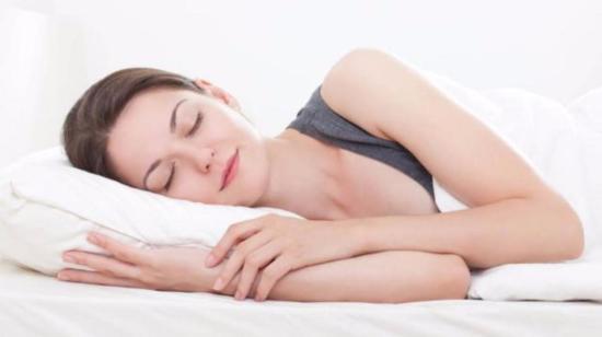 5 Foods to Help You Sleep Better!